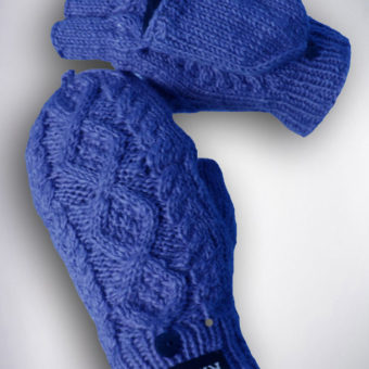 Thame cable knit mitten